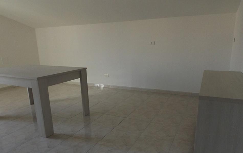 2 Stanze da Letto Stanze da Letto, ,1 BagnoBathrooms,Appartamento,Affittasi,1005